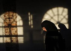 «В монастырях - красота, а не жизнь»